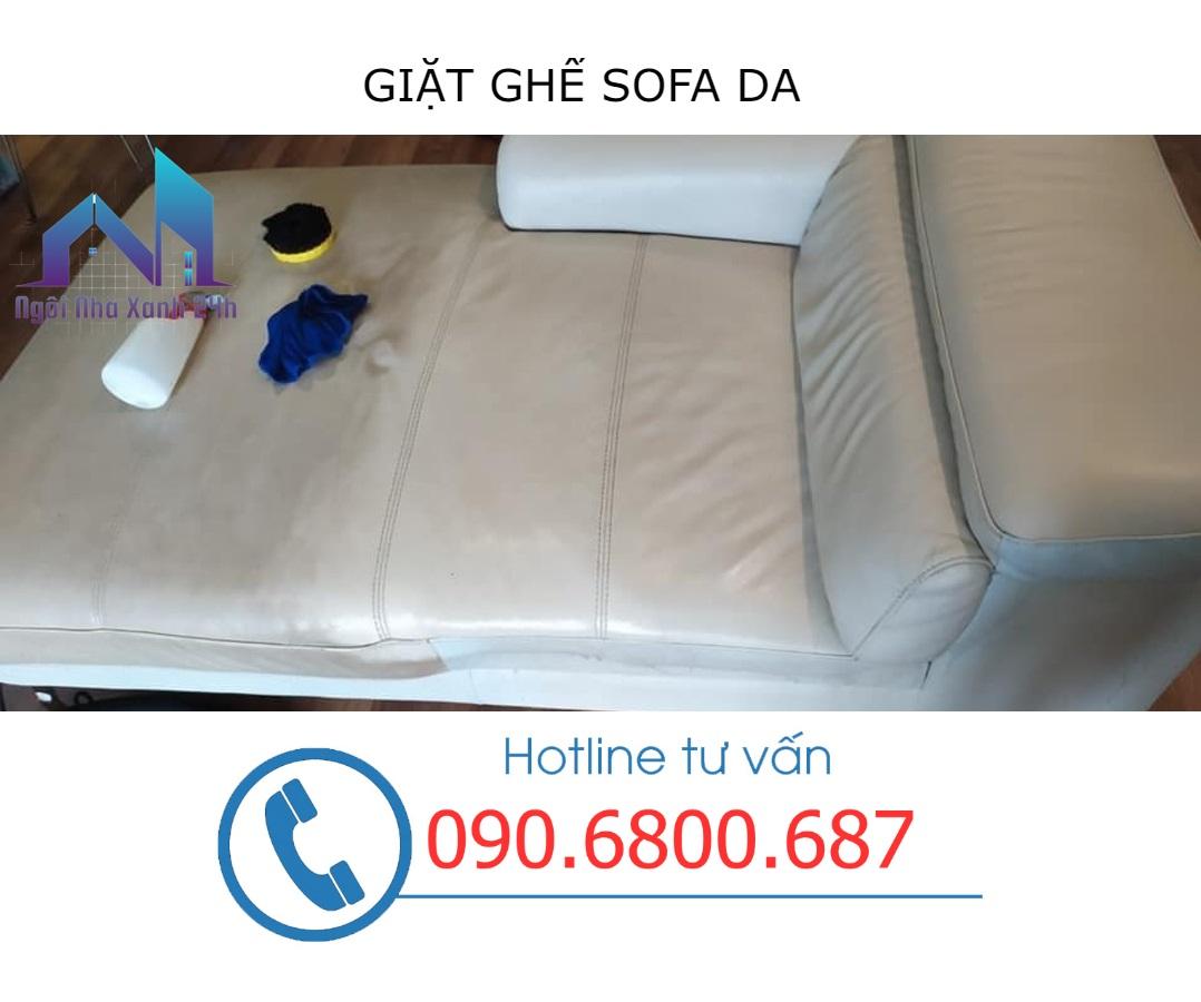 Các bước vệ sinh ghế sofa tại quận 4 - Sofa da