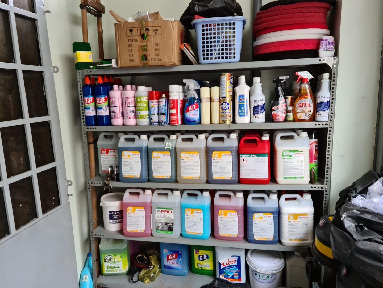 Dung dịch vệ sinh nhà sau dựng chuyên dụng