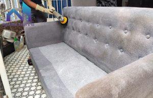 Cách làm sạch ghế sofa nỉ đánh bay vết bẩn tuyệt đối