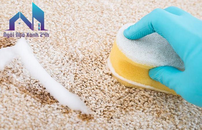 Cách làm sạch thảm nỉ bị dính dầu mỡ