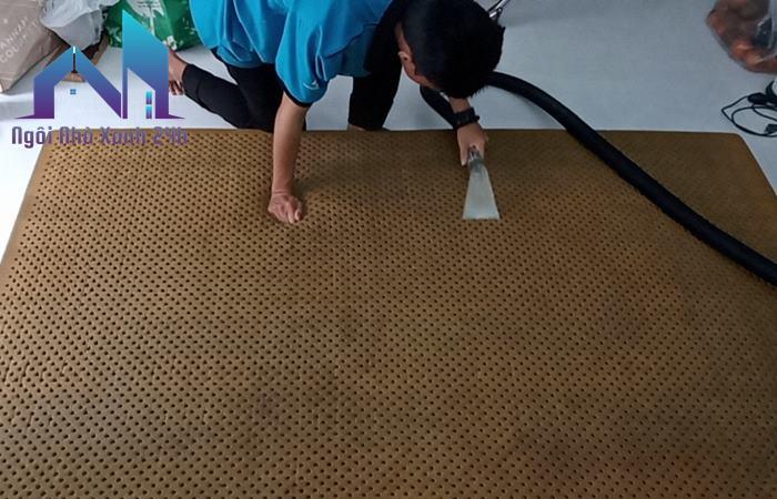Dịch vụ giặt nệm kim đan tại nhà TPHCM